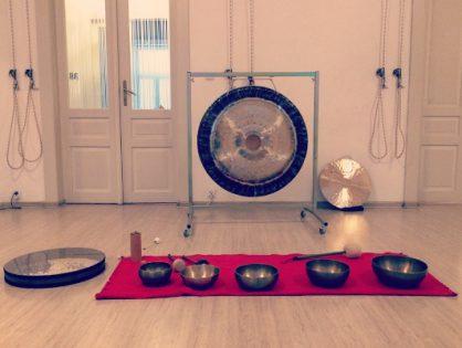Relaks w Dźwiękach gongów i mis tybetańskich - w hamakach i na matach