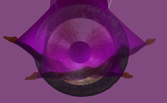 Koncert gongów i mis tybetańskich – relaks w hamakach i na matach